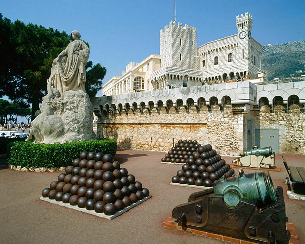 Замок в монако