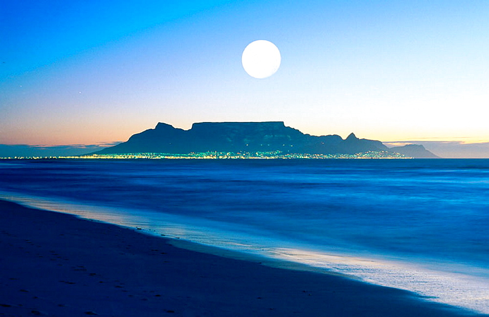 Cape Town, Table Mountain, South Africa - 817-7610