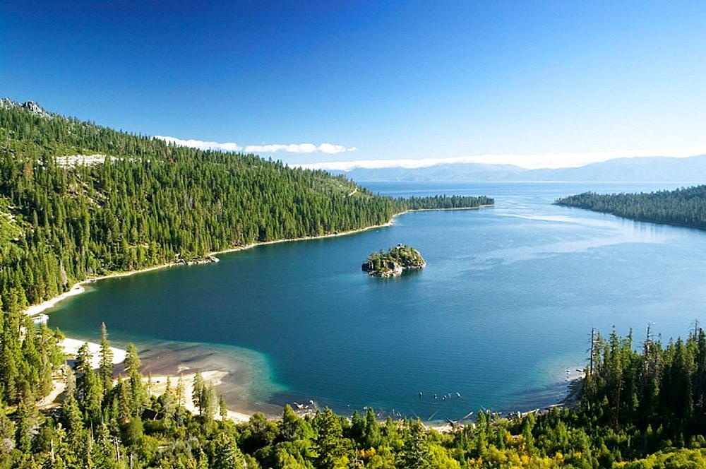 Fanette Island in Emerald Bay, Lake Tahoe, California, USA
