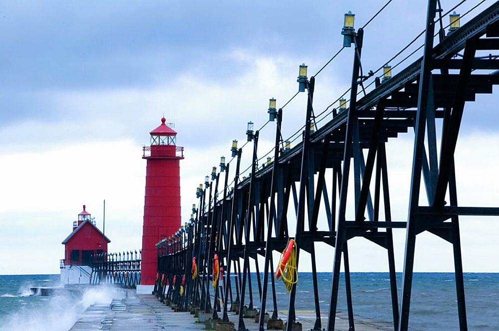 Grand Haven Lighthouse / Early Winter Storm, Grand Haven, Lake Michigan Shore, Michigan, USA.