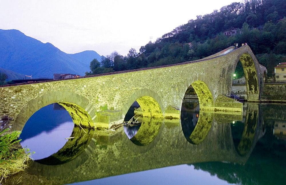 Devil's Bridge, Borgo a Mozzano, Garfagnana, Tuscany, Italy