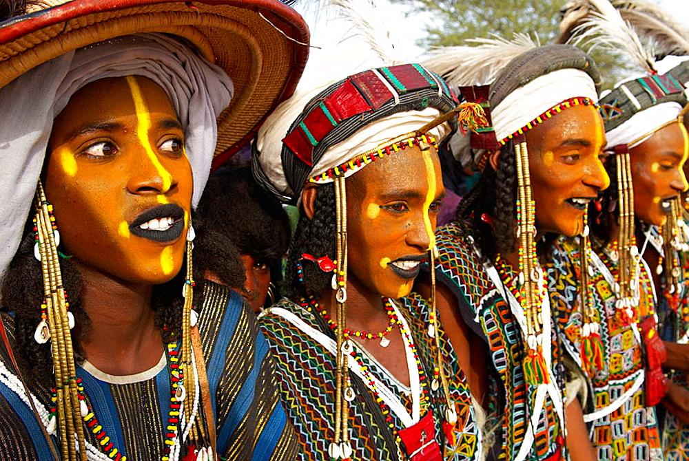 Wodaabe-Bororo men, Gerewol festival, Niger. - 817-97132