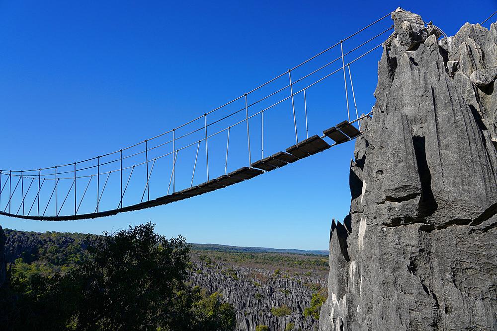 Tsingy de Bemaraha National Park, Melaky Region, Western Madagascar - 819-1009