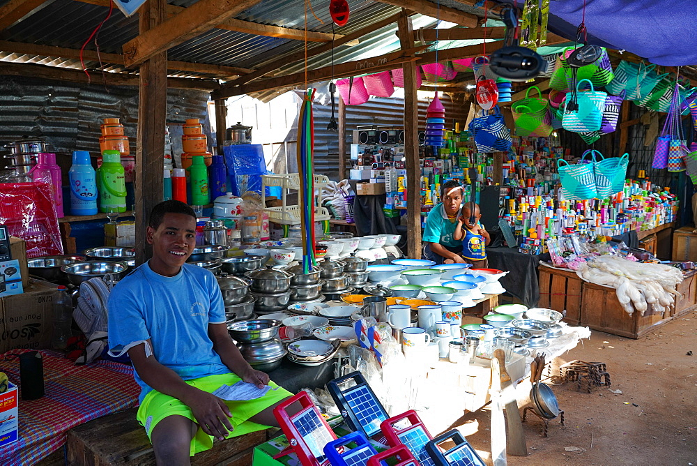People at daily market at Belo sur Tsiribihina, Menabe region, Western Madagascar, Africa