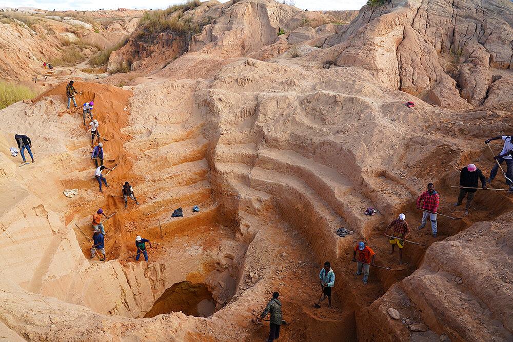 Ilakaka sapphire mines, Ilakaka, Fianarantsoa province, Ihorombe Region, Southern Madagascar - 819-1058