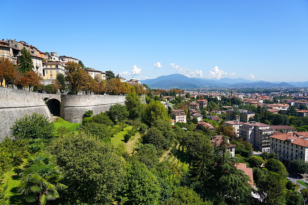 The Venetian walls, UNESCO World Heritate Site, Bergamo, Lombardy, Italy, Europe - 819-1156
