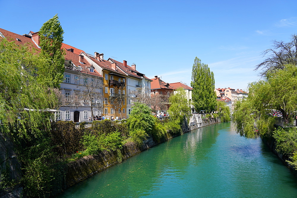 Ljubljanica River, downtown Ljubljana, the capital and largest city of Slovenia, Europe - 819-1178