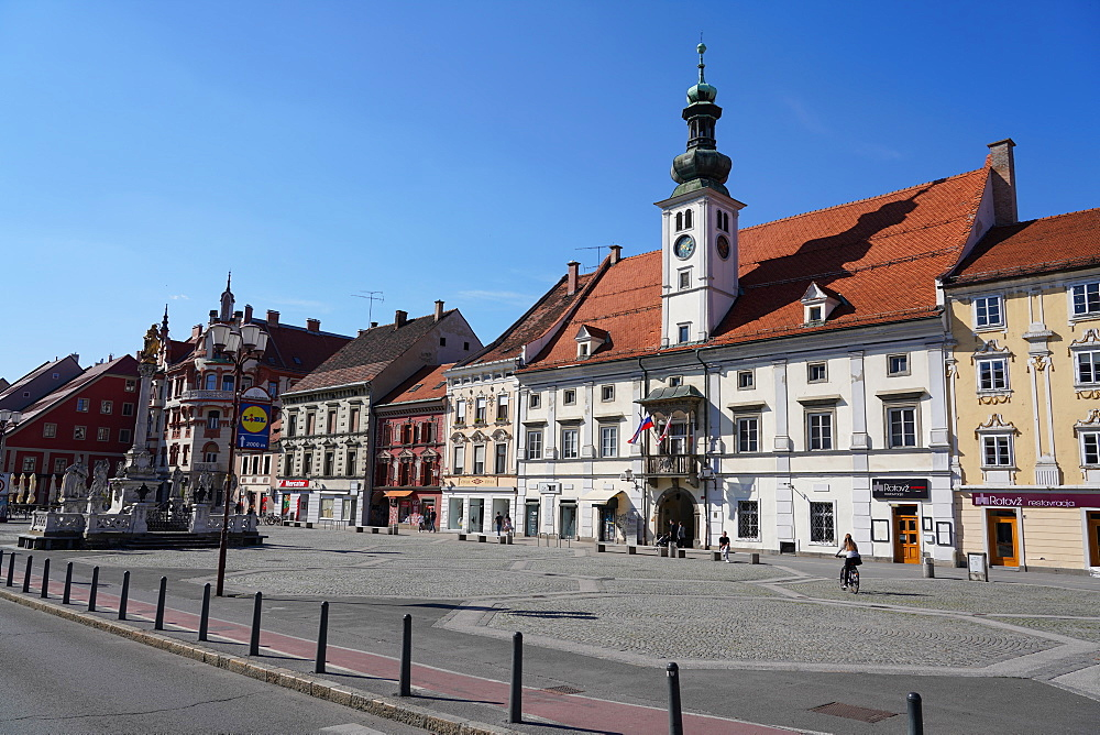 Maribor Town Hall and the plague column, Maribor, Slovenia, Europe - 819-1190