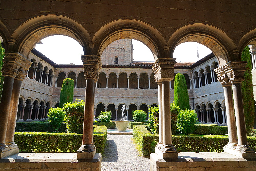 The cloister of Santa Maria de Ripoll Benedictine monastery, Girona province, Catalonia, Spain, Europe - 819-1212
