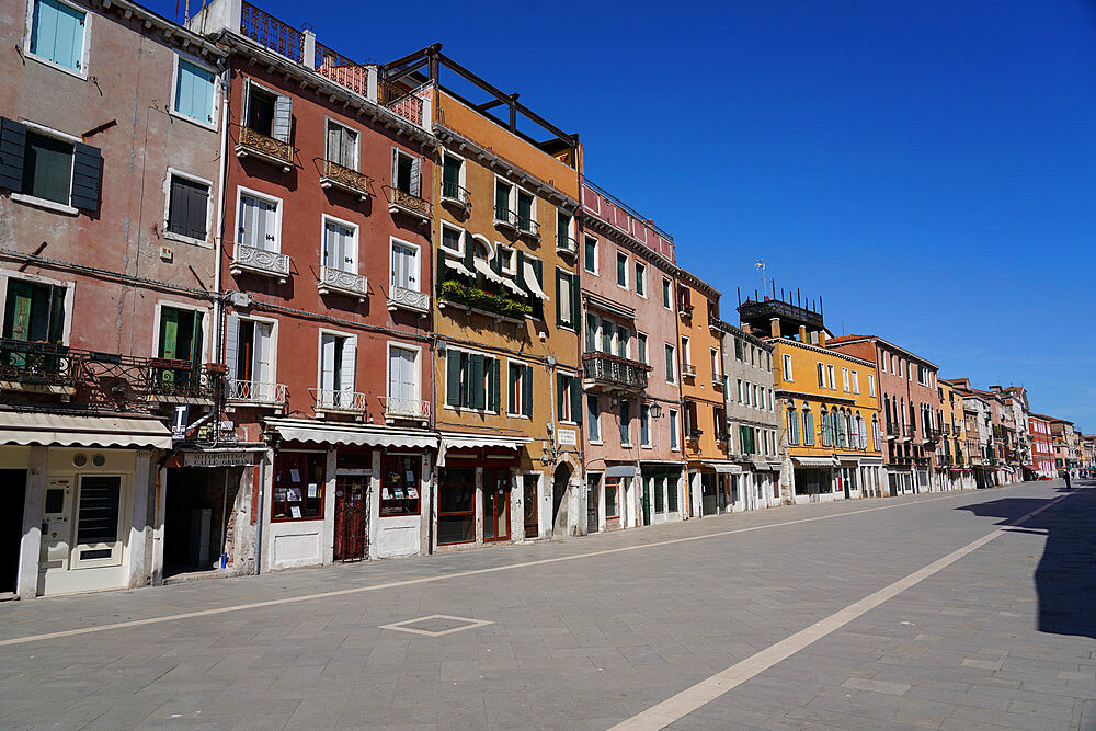 Viale Garibaldi during Coronavirus lockdown, Venice, UNESCO World Heritage Site, Veneto, Italy, Europe