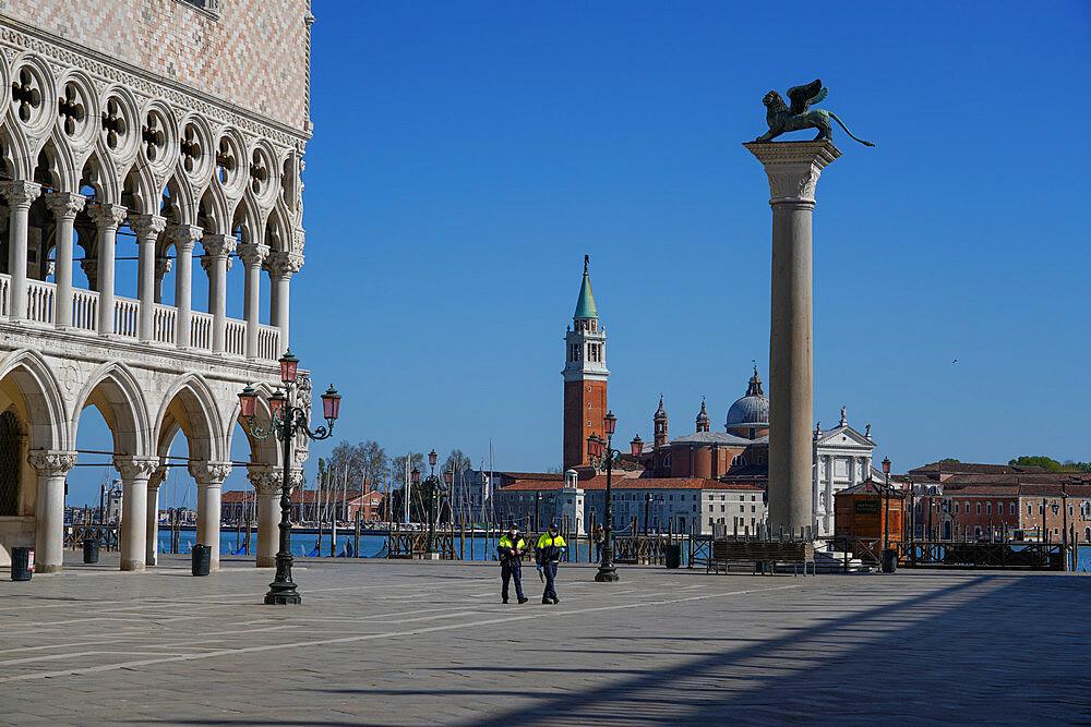 Doge's Palace and San Giorgio Maggiore island during Coronavirus lockdown, Venice, UNESCO World Heritage Site, Veneto, Italy, Europe - 819-1269