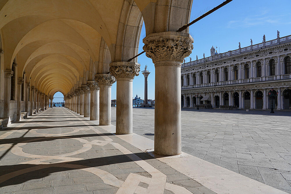 Doge's Palace arcades during Coronavirus lockdown, Venice, UNESCO World Heritage Site, Veneto, Italy, Europe - 819-1271