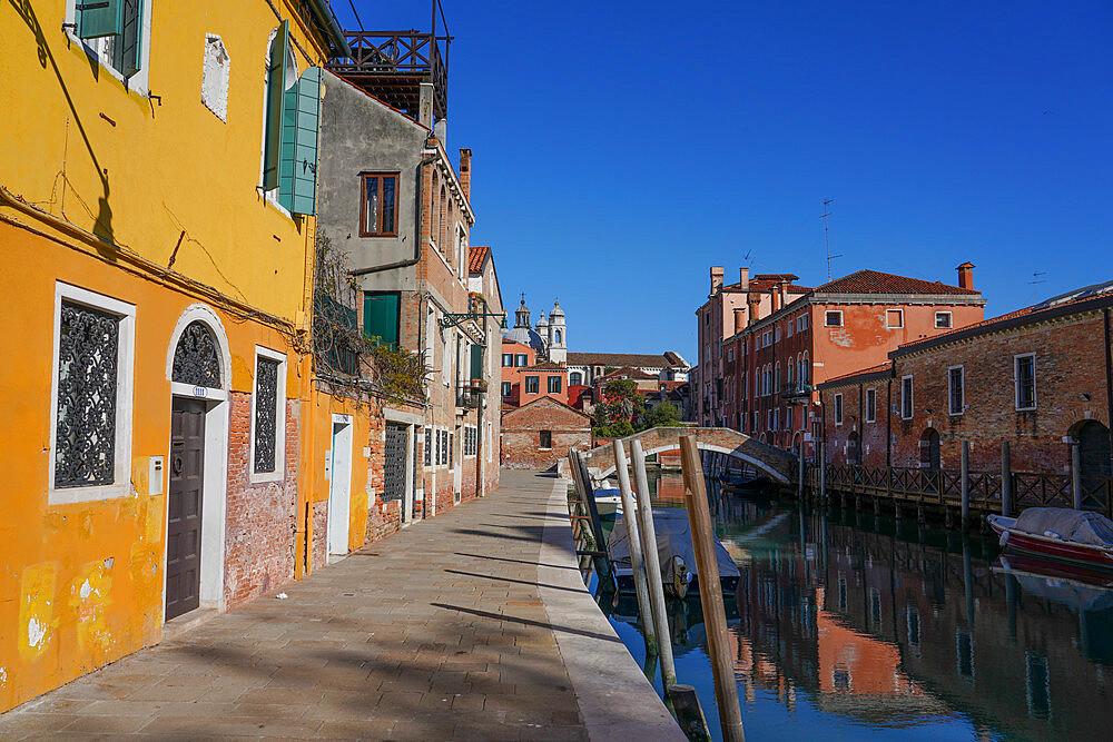 Rio degli Ognissanti, Dorsoduro neighborhood during Coronavirus lockdown, Venice, UNESCO World Heritage Site, Veneto, Italy, Europe