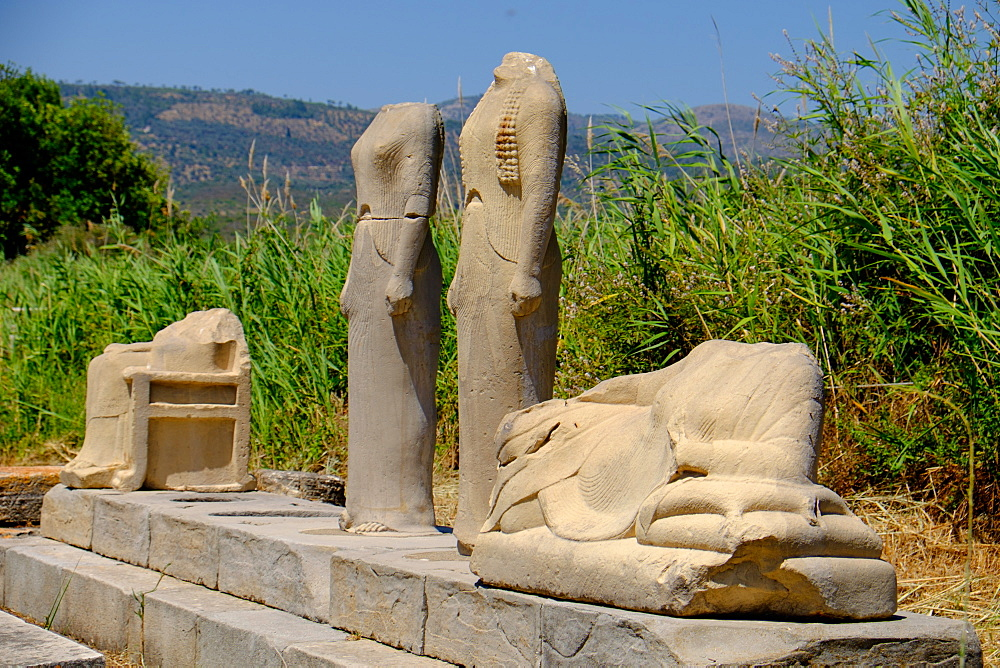 The Geneleos sculptural group, Heraion of Samos, UNESCO World Heritage Site, Samos, North Aegean Islands, Greek Islands, Greece, Europe