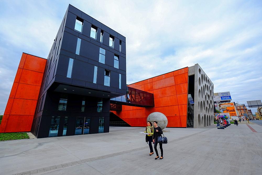 New Theatre Building, Pilsen (Plzen,) Western Bohemia, Czech Republic, Europe