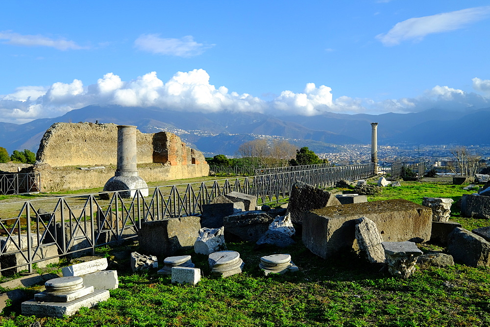 Venus Temple, Pompeii, UNESCO World Heritage Site, the ancient Roman town near Naples, Campania, Italy, Europe