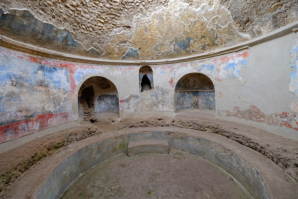 Stabian Baths, Pompeii, UNESCO World Heritage Site, the ancient Roman town near Naples, Campania, Italy, Europe - 819-704