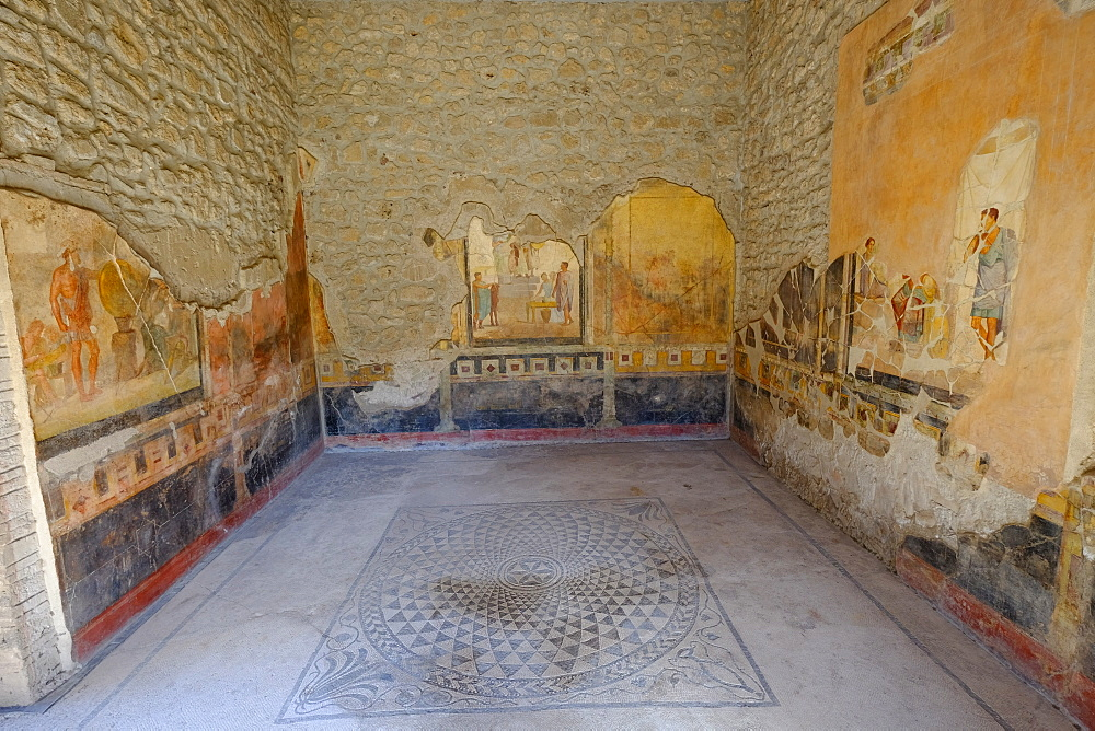 House of the Golden Cupids (Casa degli Amorini Dorati), Pompeii, UNESCO World Heritage Site, the ancient Roman town near Naples, Campania, Italy, Europe - 819-708