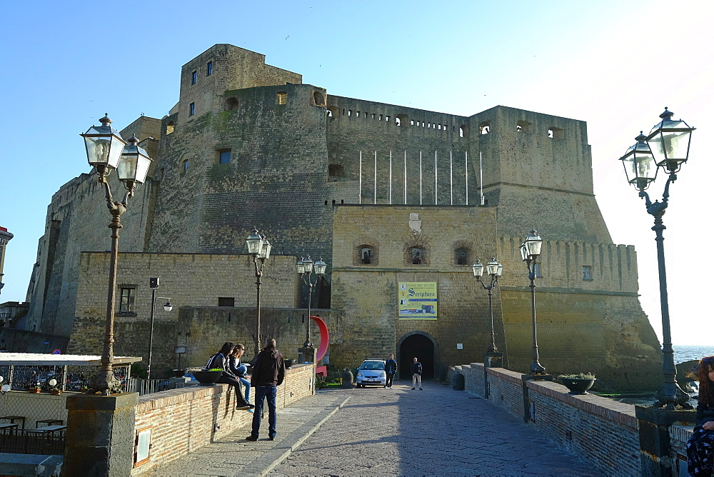 Castel dell'Ovo (Egg Castle), Naples, Campania, Italy, Europe - 819-735