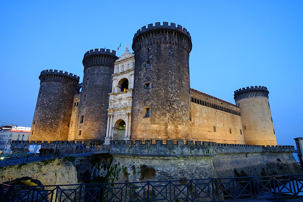 Castel Nuovo (Maschio Angioino), a medieval castle located in front of Piazza Municipio, Naples, Campania, Italy, Europe - 819-738