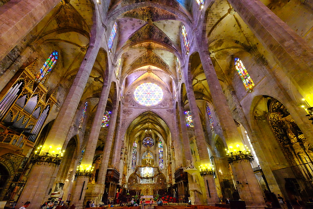 La Seu, the Cathedral of Santa Maria of Palma, Majorca, Balearic Islands, Spain, Europe - 819-758