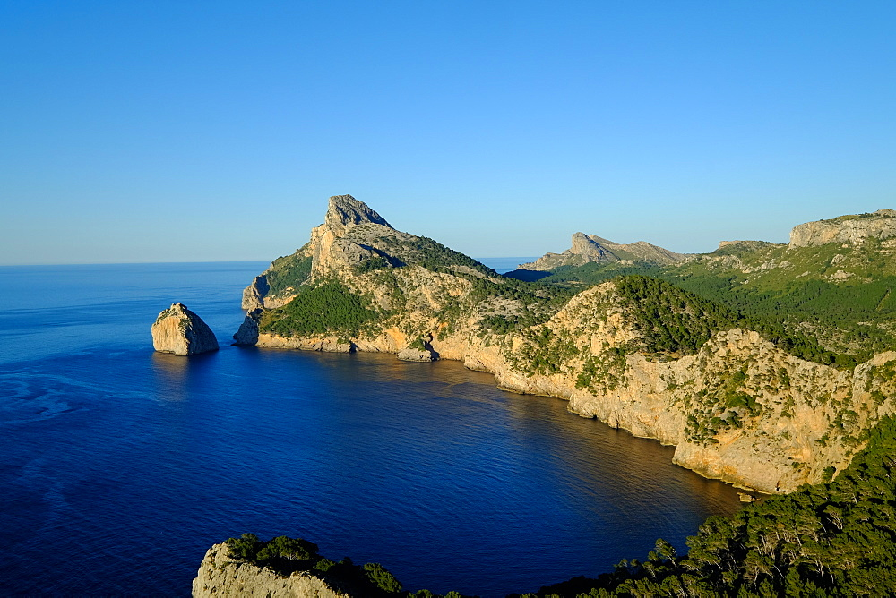 Punta Nau seen from el Mirador Es Colomer in the Formentor Peninsula, Majorca, Balearic Islands, Spain, Mediterranean, Europe - 819-759