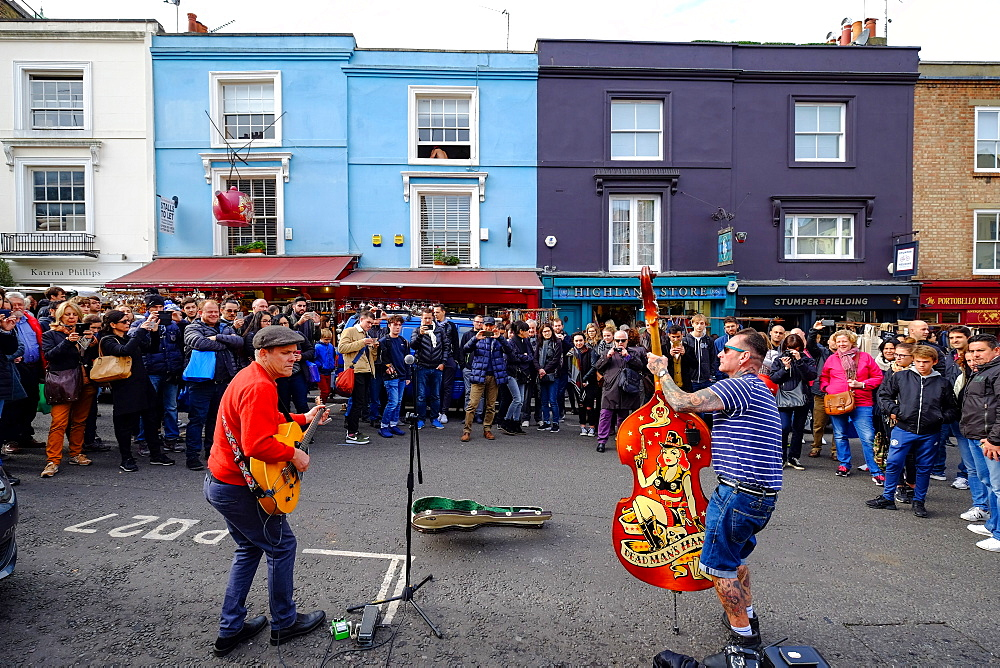 Street musicians, Portobello Road, London, England, United Kingdom, Europe - 819-775