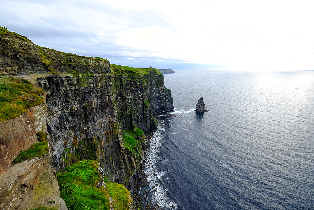 The Cliffs of Moher and Branaunmore sea stack, Burren region in County Clare, Munster, Republic of Ireland, Europe