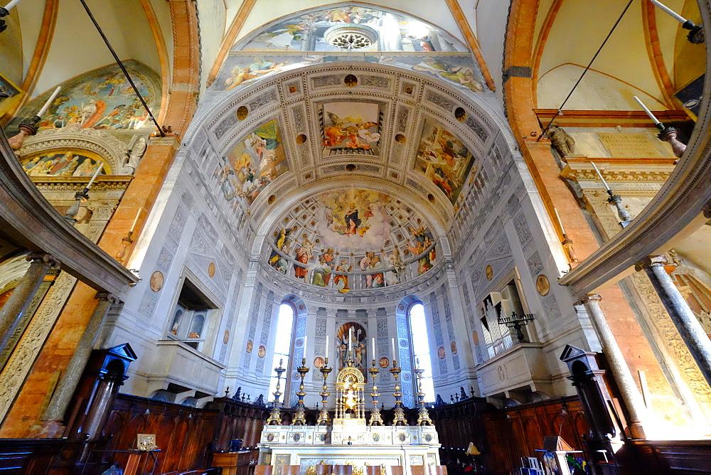 Interior, Verona Cathedral, Verona, Veneto, Italy, Europe - 819-907