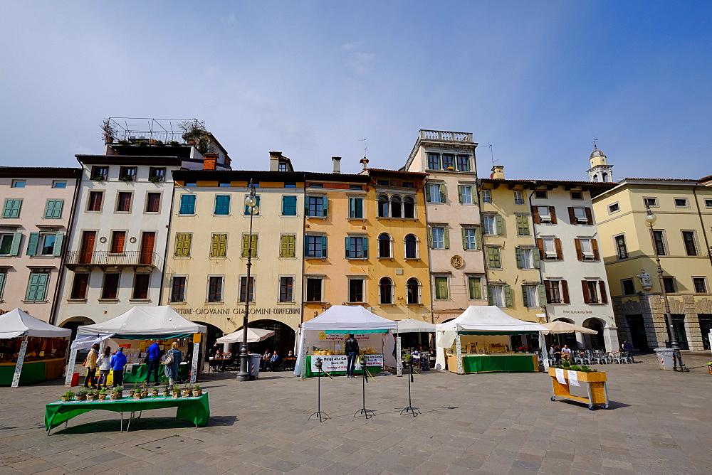 Piazza Matteotti (Piazza San Giacomo) (Piazza delle Erbe), Udine, Friuli Venezia Giulia, Italy, Europe - 819-933