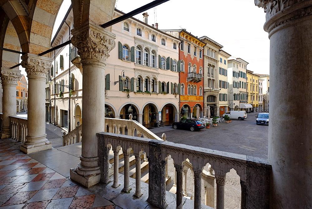 Loggia del Lionello arcades facing to Via del Mercatovecchio, Udine, Friuli Venezia Giulia, Italy, Europe - 819-935