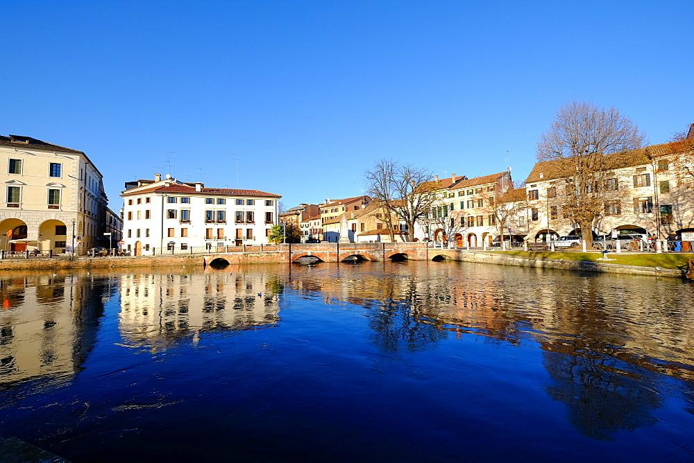 Riviera Garibaldi, Sile River, Treviso, Veneto, Italy, Europe