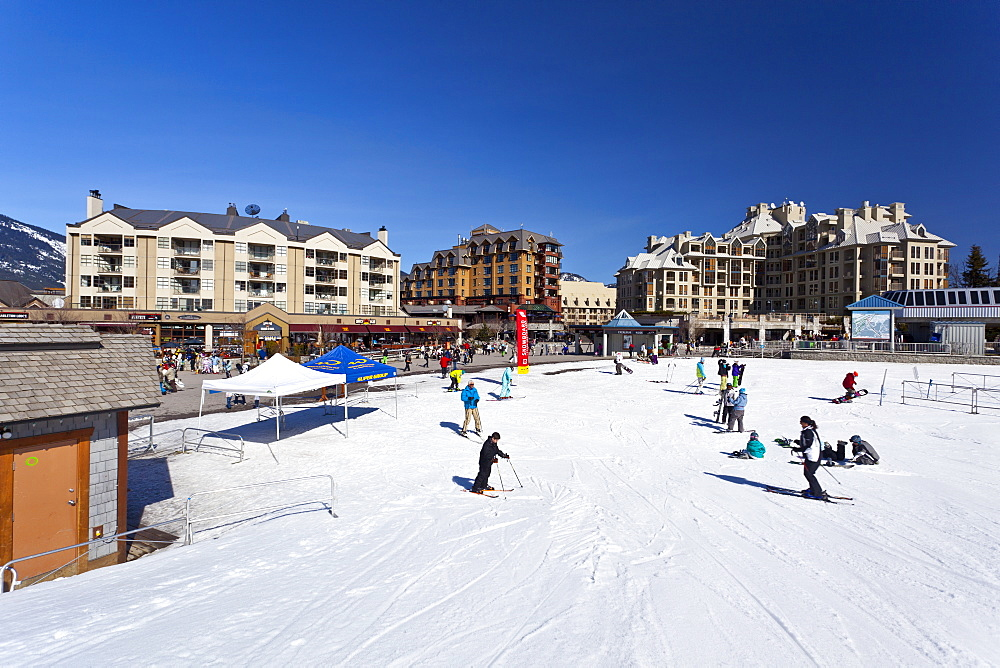 Whistler Blackcomb Ski Resort, Whistler, British Columbia, Canada, North America - 821-152