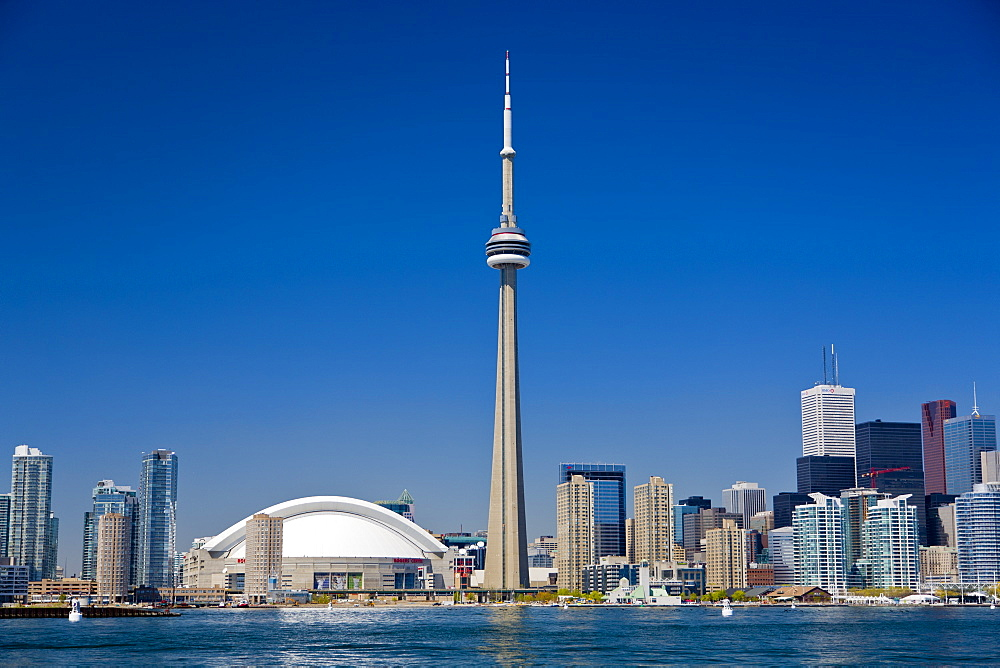 City skyline showing CN Tower, Toronto, Ontario, Canada, North America - 821-192