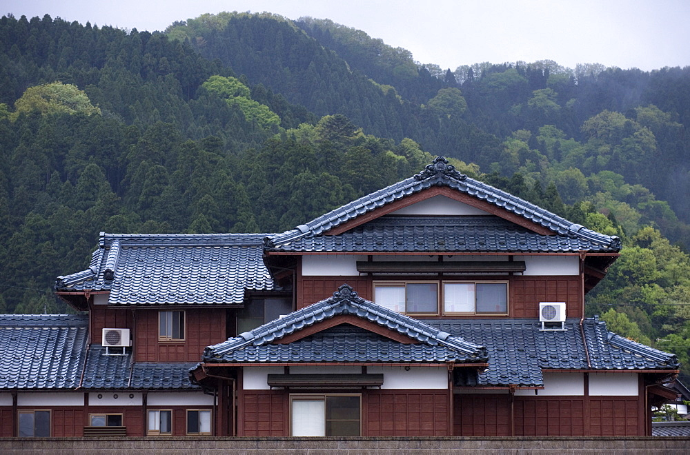 Large traditional single-family home in the countryside of Fukui, Japan, Asia - 822-15