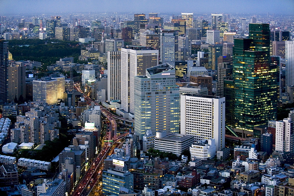 Aerial view of metropolitan Tokyo at dusk from atop the Mori Tower at Roppongi Hills, Tokyo, Japan, Asia - 822-247