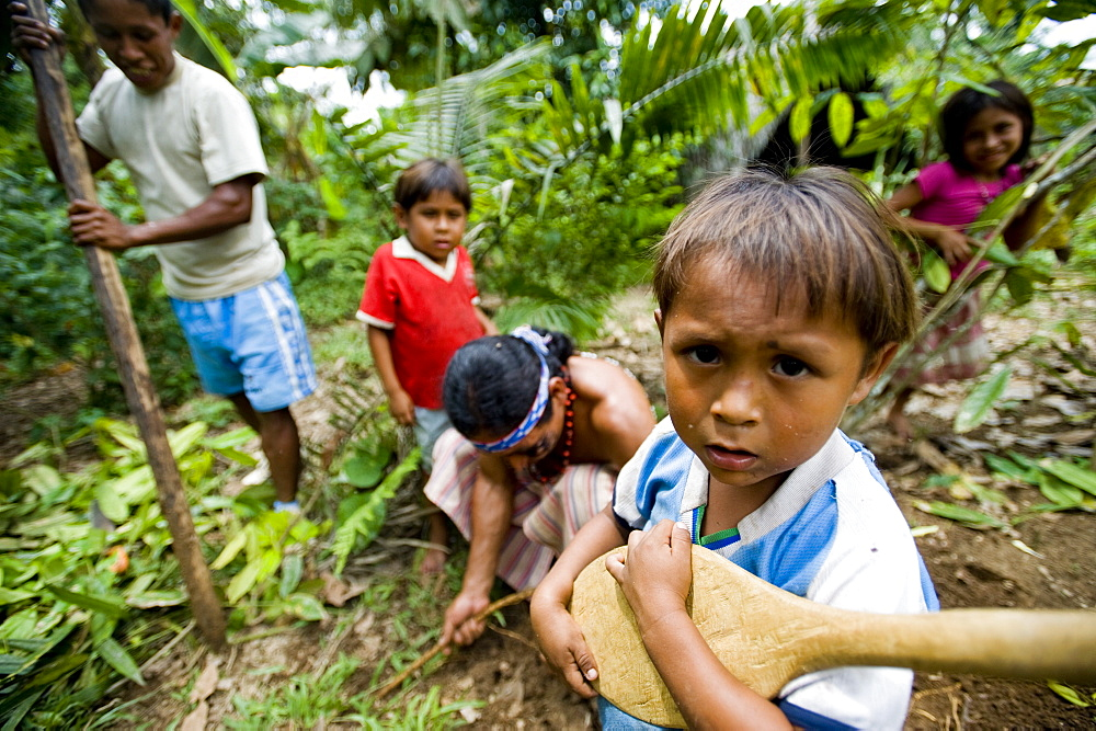 The village Syndico of Suwa community with his family, Amazon, Ecuador, South America - 824-102