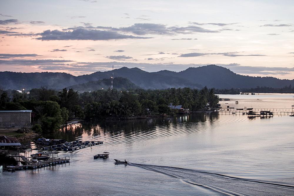 Mengkabong river, Tuaran, Kota Kinabalu, Sabah, Malaysian Borneo, Malaysia, Southeast Asia, Asia  - 824-151