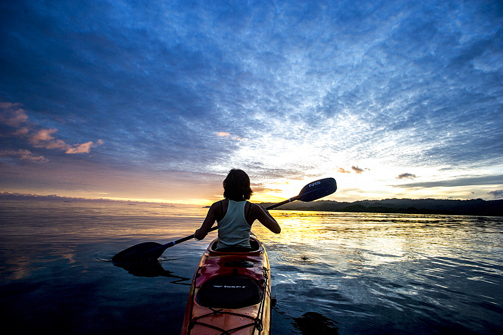 Sea Kayaking in Raja Ampat, West Papua, Indonesia, New Guinea, Southeast Asia, Asia  - 824-171