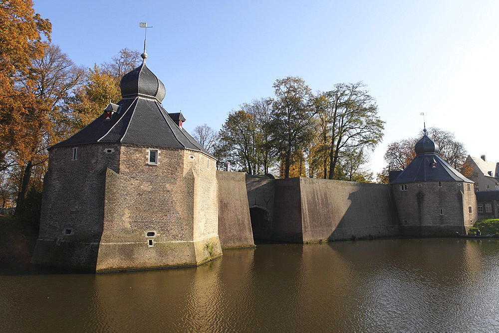 Fortified Spanish Gate (Spanjaardsgat), Spanish troops entry point to the city in 1624, Breda, Noord-Brabant, Netherlands, Europe