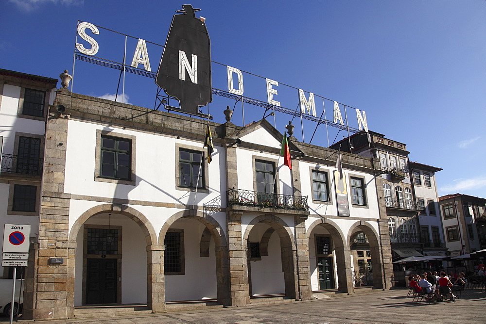 Sandeman Port Wine Lodge, Vila Nova de Gaia, Porto, Douro, Portugal, Europe