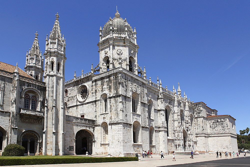 The Heironymites Monastery (Mosteiro dos Jeronimos), Manueline style, UNESCO World Heritage Site, Belem, Lisbon, Portugal, Europe