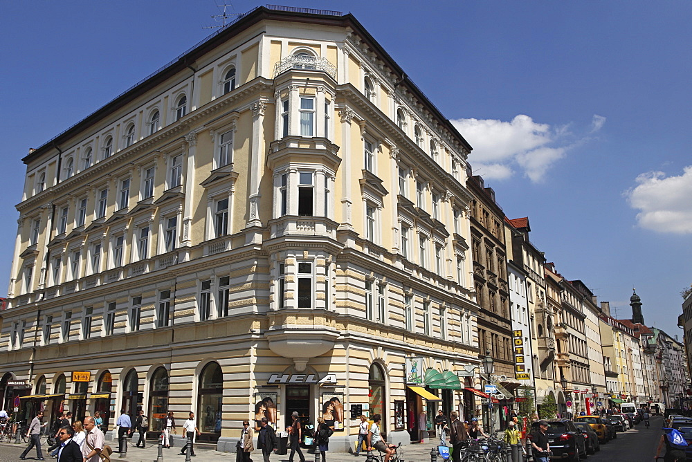 Buildings on Sonnenstrasse, close to Sendlinger Tor in central Munich, Bavaria, Germany, Europe - 826-565