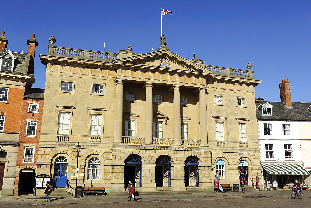 The Georgian facade of the Town Hall and Butter Market shopping arcade, built in 1776, Newark-upon-Trent, Nottinghamshire, England, United Kingdom, Europe