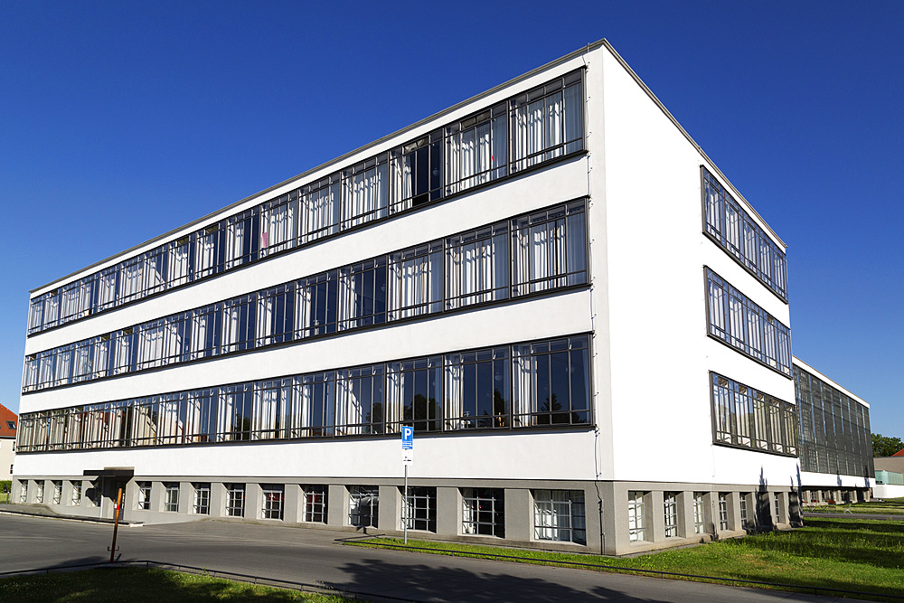 The Bauhaus Building, designed by Walter Gropius in 1926, UNESCO World Heritage Site, Dessau, Saxony Anhalt, Germany, Europe