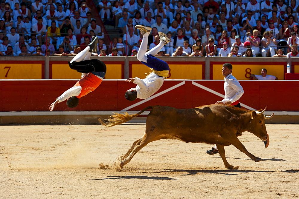 Festival de Recortadores (Trimmers Festival), San Fermin fetival, Pamplona, Navarra (Navarre), Spain, Europe - 827-327