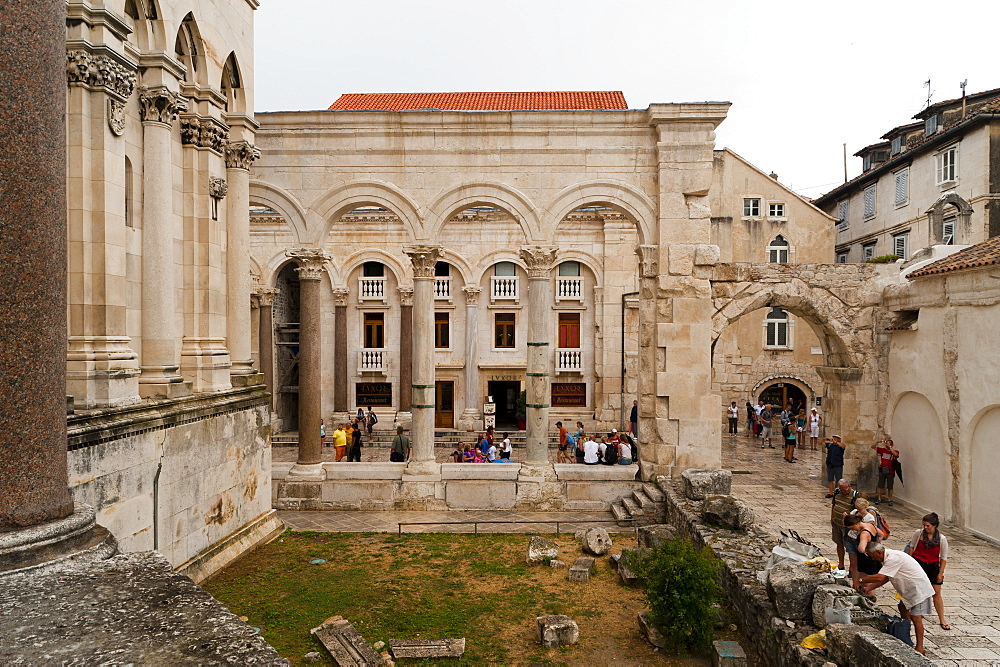 The Peristyle, UNESCO World Heritage Site, Split, region of Dalmatia, Croatia, Europe - 827-347