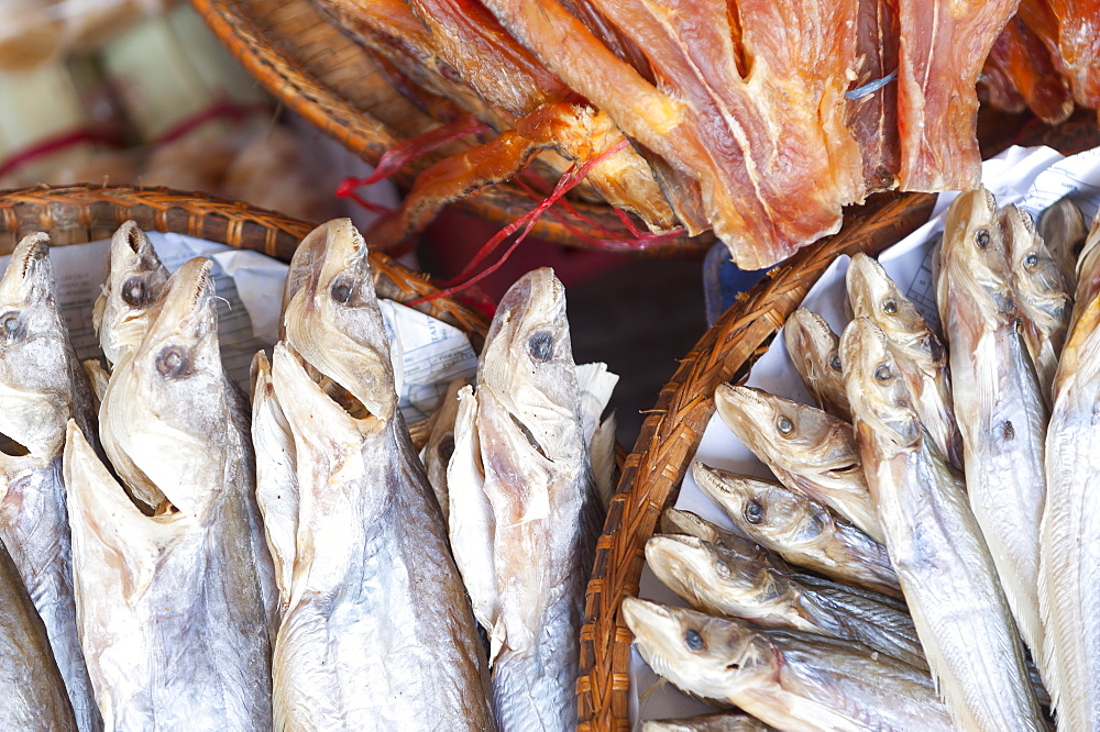 Dried fish, Food market, Phnom Penh, Cambodia, Indochina, Southeast Asia, Asia - 827-522