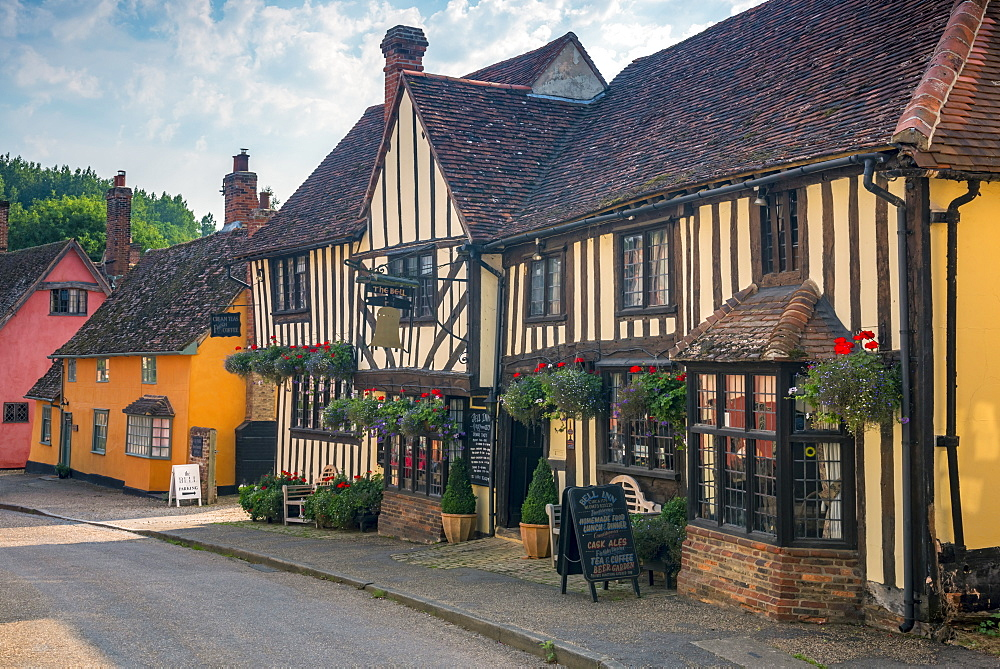 Stock photo of a pub in Kersey, Suffolk, England