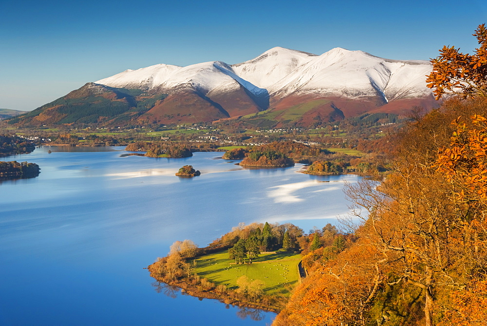 Derwentwater and Skiddaw Mountain, Keswick, Lake District National Park, Cumbria, England, United Kingdom, Europe